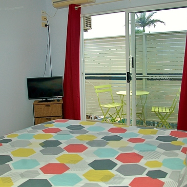 Room to rent for clinical placement student accommodation in Cairns near hospital
