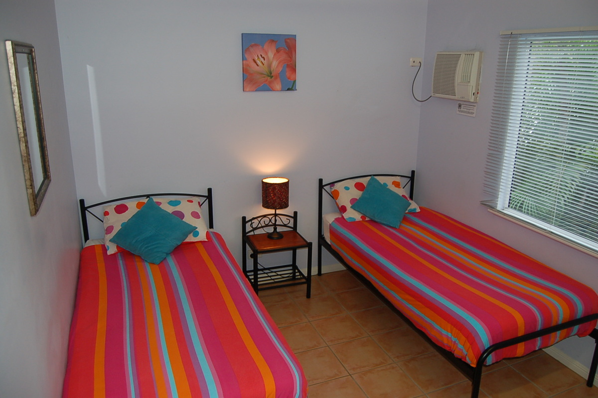 Share House Near Tafe With Spa And Bbq In Cairns