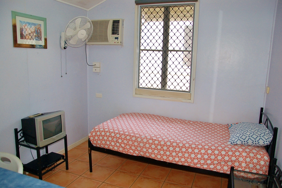 Private Budget Backpacker House With Bbq Close To Cairns