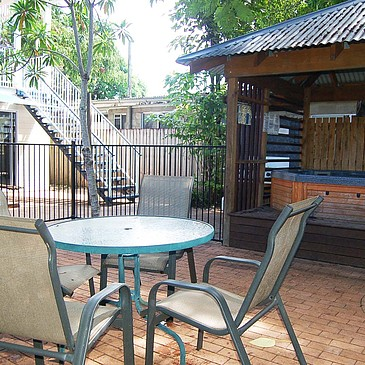Spa and bbq area in student sharehouse The Lumley managed by Cairns Sharehouse
